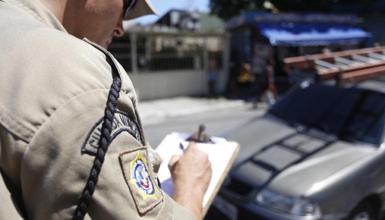 Como recorrer e cancelar multas de trânsito